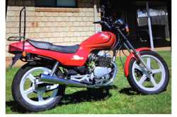 1992 HONDA CB 250cc, unreg, compliance plate fitted for single seat rego, starts & runs well,...