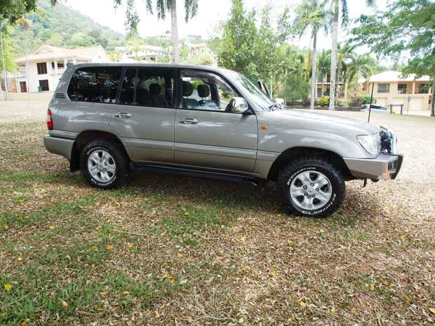 Petrol V8 auto, 7 seater, excellent condition, 220,000km