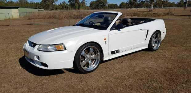 4.6ltr V8, 5sp Manual, 80,000Klms.   $28,000 ono