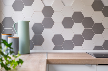 <p> <strong>Ceramic Tiling & Bathroom </strong> </p> <p> <strong>Re-Tile All types of tiling...</strong></p>