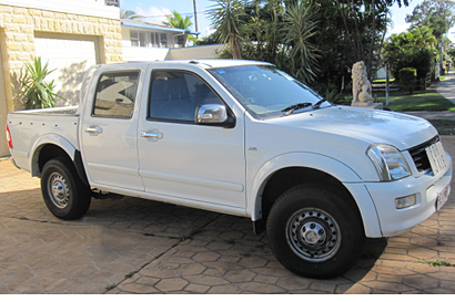 06 RODEO DUAL CAB UTE   V6 petrol, 240,000 kms, 6 mths rego, new tyres, H/R t/bar, excell con...