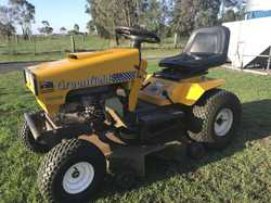 "17.5hp, 34"" Fastcut Ride On Mower. Has only done 70hrs. Reg serviced, fantastic cond."