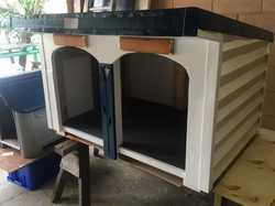 Tradesman built, suit external position, Blue & white