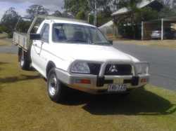 5 Speed manual, 2.4ltr petrol, bull bar, tow bar, very good condition. Good clean straight ute. ...