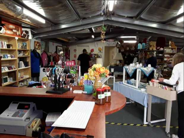 ALLSORTS OPSHOP BARGAINS BARGAINS!