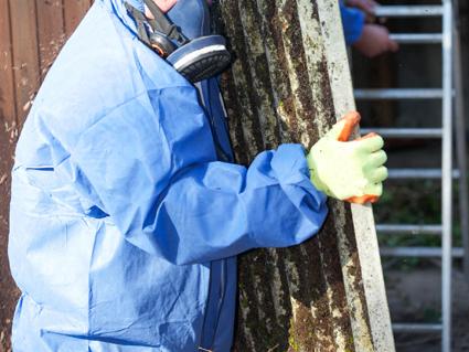 ASBESTOS & DEMOLITION SPECIALISTS   • Asbestos Removal • Demolition   •...