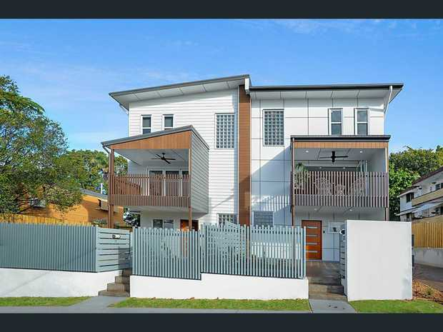 CLAYFIELD 57 Norman Parade 