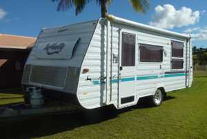 15.5 Infinity, near new awning with annexe, really good condition, gas stove top, full oven and grill...