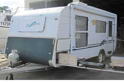 06 SUNCREST 18 FT Rear kitchen, front d/bed, a/c, new roll out awning, 4 burner stove/oven, new t...