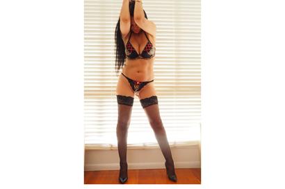 Classy Cougar Discreet  Tall Curvy Sz10 E cup Bust  Long black hair, soft skin  ...