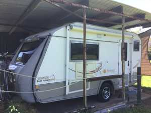 tare 1340 kg 16'6 twin singles convert to double sep shower and toilet front lounge/dining panoramic...