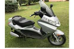 PIA GG10 8.250 motor scooter, excellent cond, 2369ks, new battery, passenger reg'd, $3200.&...