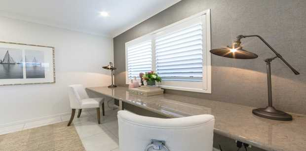 Blinds in 5 Days    Shutters  Awnings  Curtains   www.customblinds.com.au ...