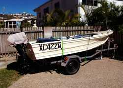 4 Metre Tinny Registered,