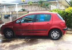 2003 5 door hatch, auto, RWC,Rego till Jan, one owner always serviced at Peugeot dealer 142000km...
