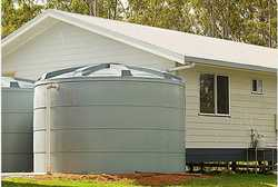 Clean tanks while full. Minimal water loss. Water Filters.