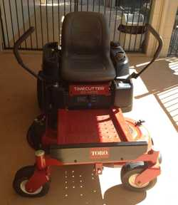 TORO Time Cutter Zero turn mower SS4225, 2018,   Immaculate condition,   only 2.1hrs work...