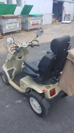 breeze 4 model in good condition. Recently serviced