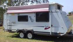 AVAN 2008 18ft $19,900ono Island Q bed, Tandem with all new tyres, Roomy Design, 2 Solar Panels,...