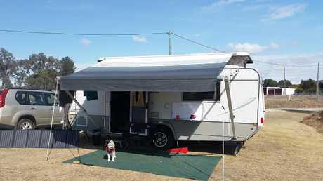 <p> Jurgens Pop Top Caravan 2014 A/C, Q size island bed, innerspring mattress, m-wave and includes a...