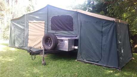 <p> <strong>Semi Off Road. 18 ft Annex.</strong> </p> <p> <strong>12mths rego Good cond. Q/S...</strong></p>