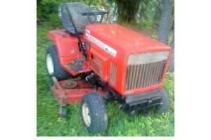 "<p> TRACTOR/MOWER Yanmar </p> <p> 2 cyl, diesel, 5 spd, 48"" cut, great sturdy...</p>"
