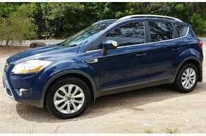 <p> FORD Kuga Trend SUV 2012, 103,500kms, 5 cyl petrol, alloy wheels, air bags, tow bar, air con...
