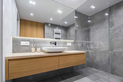 Quality Bathroom Renovations 27 yrs exp. All trades. Fully Licenced & Insured Builder Tony 04...