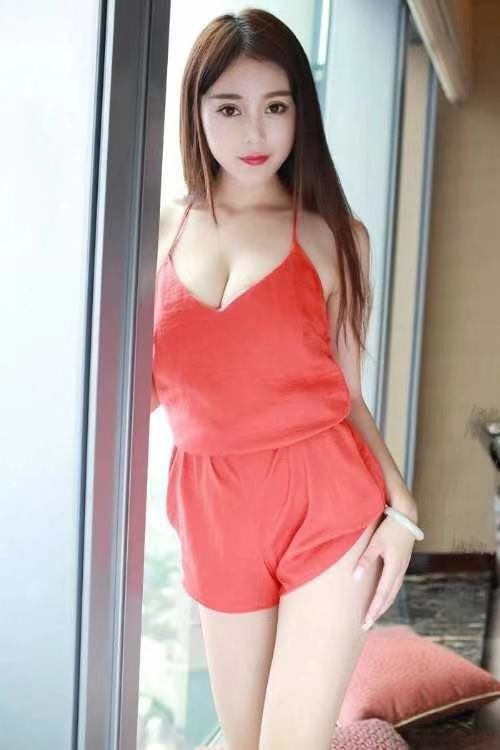 ASIAN SUNNYBANK AREA    IN/OUT CALLS     New to Town  Super Hot & Sexy