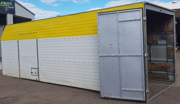 (nil floor) 7.0L x 2.5W x 2.4H suit truck tray or storage shed,