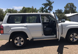 2015 Nissan Patrol - ManualST - Y61 - 3.0L Last of the Diesel Wagon Snorkel Winch CB radio Low Km s...