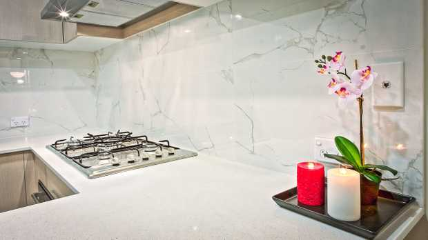 HOUSE OF KITCHENS    CUSTOM DESIGN KITCHENS,   Free quotes with 3D designs.   Full pr...