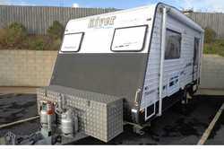RIVER Maranoa Caravan 2011, 17ft, Single axle, a/c, single beds, ensuite, 175ltr fridge, stove wi...