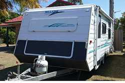 MILLARD Horizon 2006 17ft Poptop,
