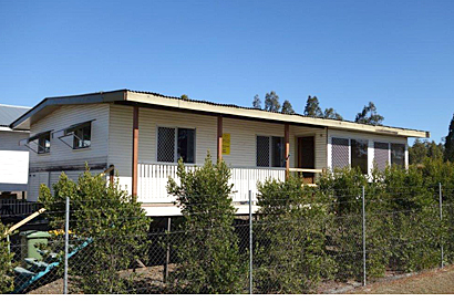 3 Bedrooms New roof, $59500, delivered and stumped lowset.   Mark Wilson Removal Homes 0412 0...