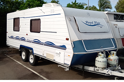 ROYAL FLAIR Majestic, 2004, 20'6, semi-off road height raised by 100mm, 4 new Bridgestone t...