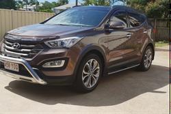 Hyundai Santa Fe Highlander 201465 500km many extras $29 000 0400751570