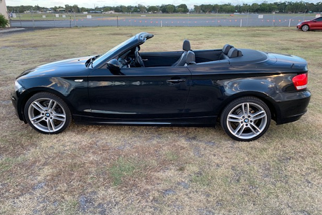 <p>2008 BMW 120I CONVERTIBLE</p><p>Auto excellent condition rego 24Aprl 109,000 km $12,500 sunshine...</p>