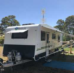 2017 Scenic Spaceland, 27ft, fully loaded, 2x a/c, leather upholstery, rollout, 2-4 berth, w&rsqu...