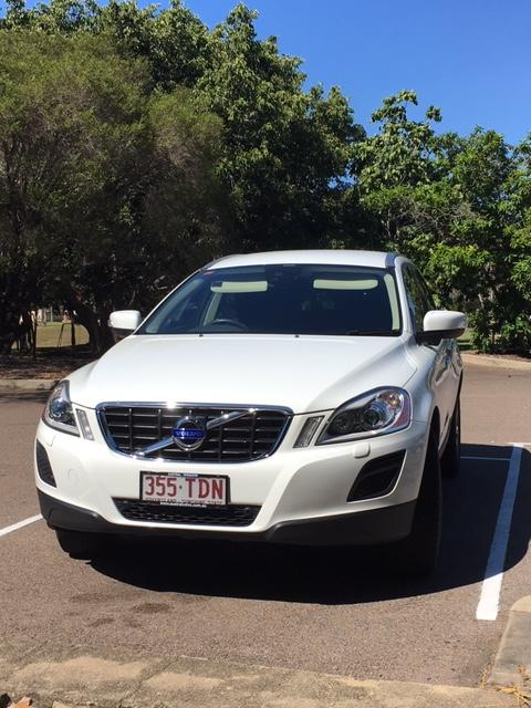 VOLVO XC-60 T6 TEKNIK 2013 Auto, petrol, one owner, full service history, excellent condition, on...