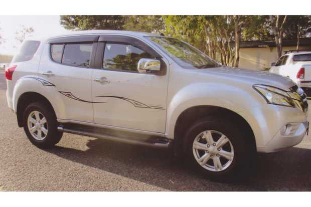 GO YOUR OWN WAY in 2014 Isuzu MUX 5-spd,