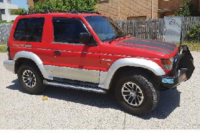 PAJERO 5sp man, '92 SWB, petrol V6 3000, in very good cond, tyres, brakes, motor, reg May...