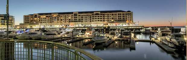 FOR SALE   Holdfast Shores Marina, Glenelg    $425,000    0419700091