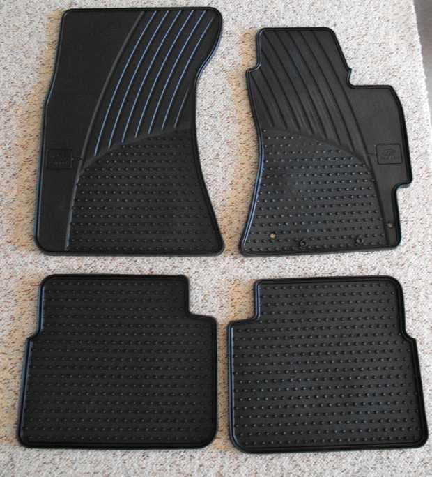 Gen Subaru F&R rubber set. Suit S3 Forester (2008-12). Exc cond.