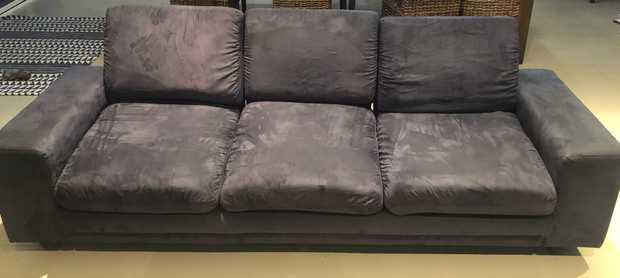 Blue 2SEATER & 3SEATER Very comfortable The back is easily reclined to different stages and can flatten...