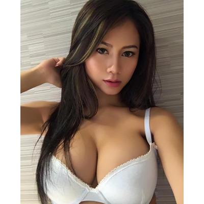 Slim  Passionate  Attractive  GFE
