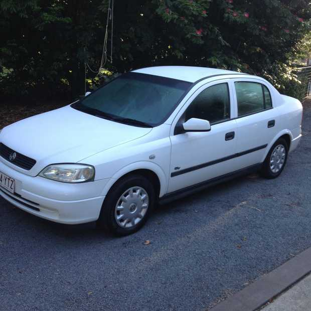 HOLDEN ASTRA SEDAN 2002 MOTOR REPLACED NEW TIMING BELT AND WATER PUMP REGO TO MID SEPTEMBER MANUAL WITH...