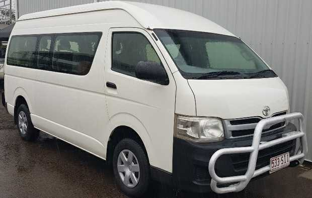 2012 update model with abs + rev. camra,   3L turbo dsl, auto, dual a/c, bulI bar,   tow...