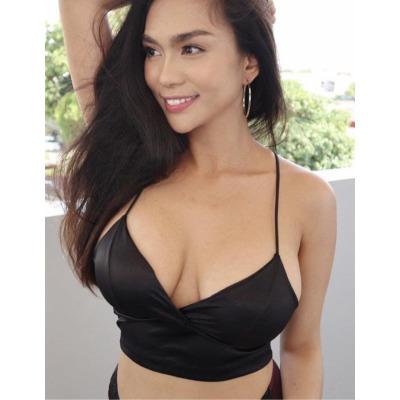Gorgeous.  Sexy,  Nat D Bust