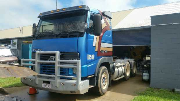 VOLVO Prime Mover   115 Tonne Rate With Hydrolics   Tidy unit   Rego: 746VQO